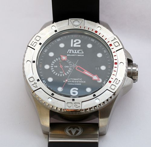 Molarity-Watch-Group-Deep-Diver (9)