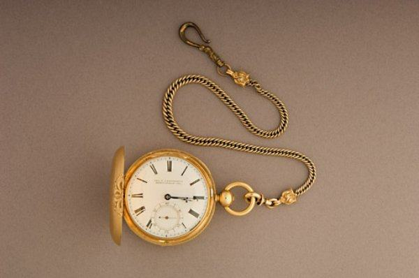 Lincoln-Pocket-Watch-520.jpg__600x0_q85_upscale